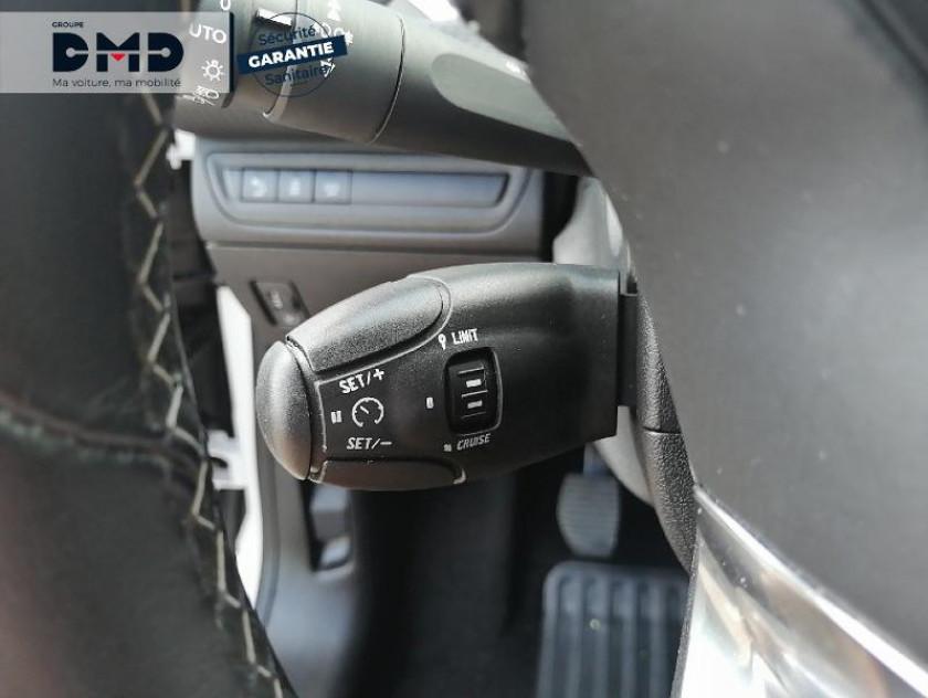 Peugeot 208 1.2 Puretech 110ch Allure S&s 5p - Visuel #8