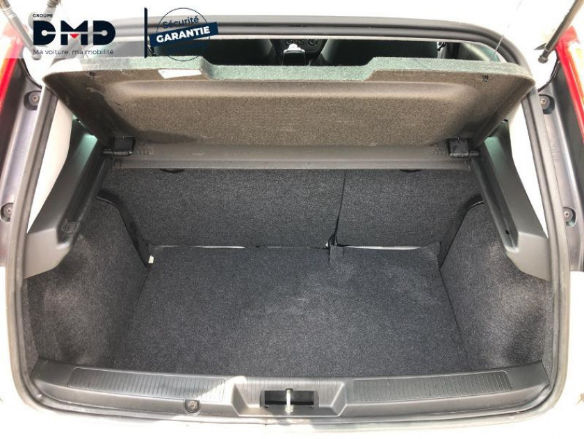 Fiat Punto 1.2 8v 69ch Lounge 5p - Visuel #12