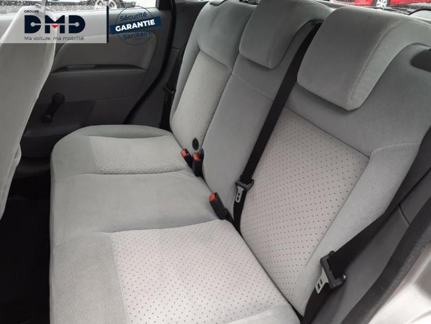 Ford Fiesta 1.4 Tdci 68ch Ghia 5p - Visuel #10