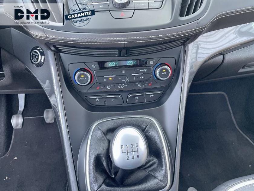 Ford Kuga 1.5 Tdci 120ch Stop&start Vignale 4x2 - Visuel #8