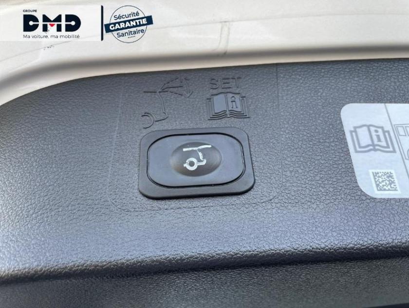 Ford Kuga 1.5 Tdci 120ch Stop&start Vignale 4x2 - Visuel #13