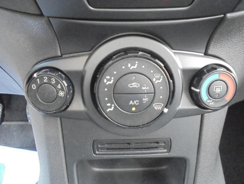 Ford Fiesta 1.25 82ch Trend 3p - Visuel #9