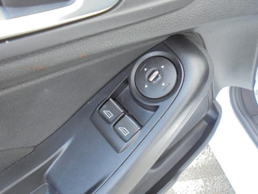 Ford Fiesta 1.25 82ch Trend 3p - Visuel #12