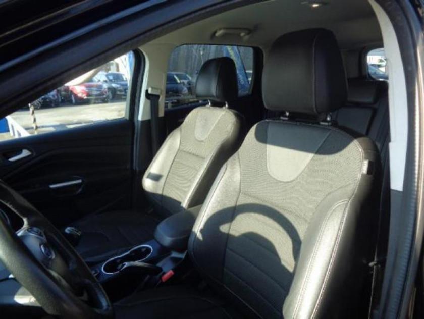 Ford Kuga 2.0 Tdci 140ch Fap Titanium - Visuel #6