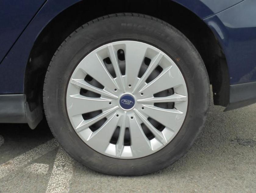 Ford Focus 1.0 Ecoboost 100ch Stop&start Trend - Visuel #10