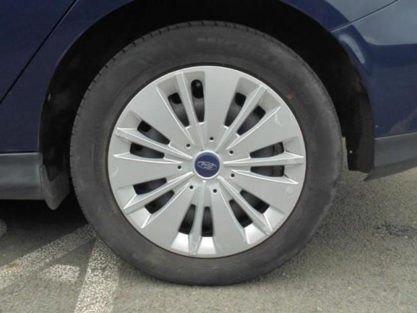 Ford Focus 1.0 Ecoboost 100ch Stop&start Trend - Visuel #17