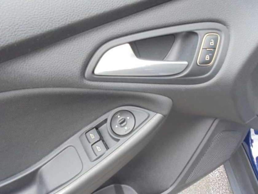 Ford Focus 1.0 Ecoboost 100ch Stop&start Trend - Visuel #23