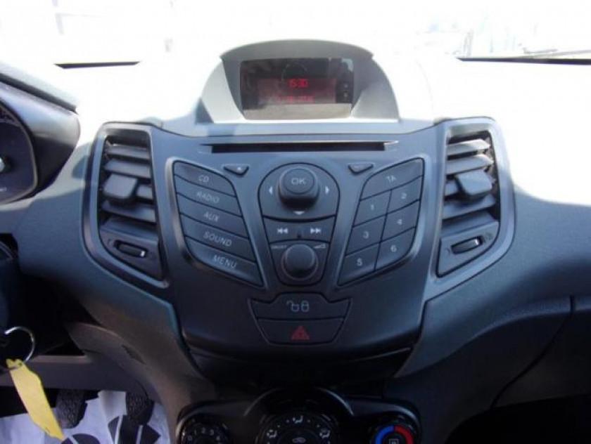 Ford Fiesta 1.25 60ch Ambiente 5p - Visuel #11