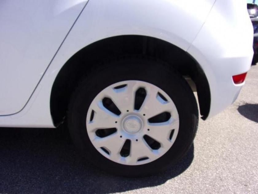 Ford Fiesta 1.25 60ch Ambiente 5p - Visuel #7