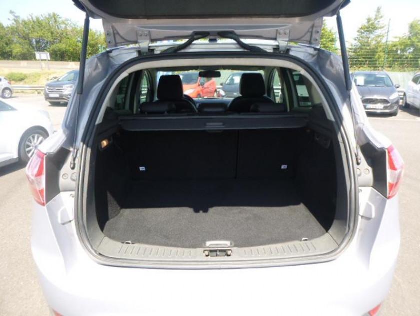 Ford Kuga 2.0 Tdci 140ch Fap Titanium 4x2 - Visuel #12