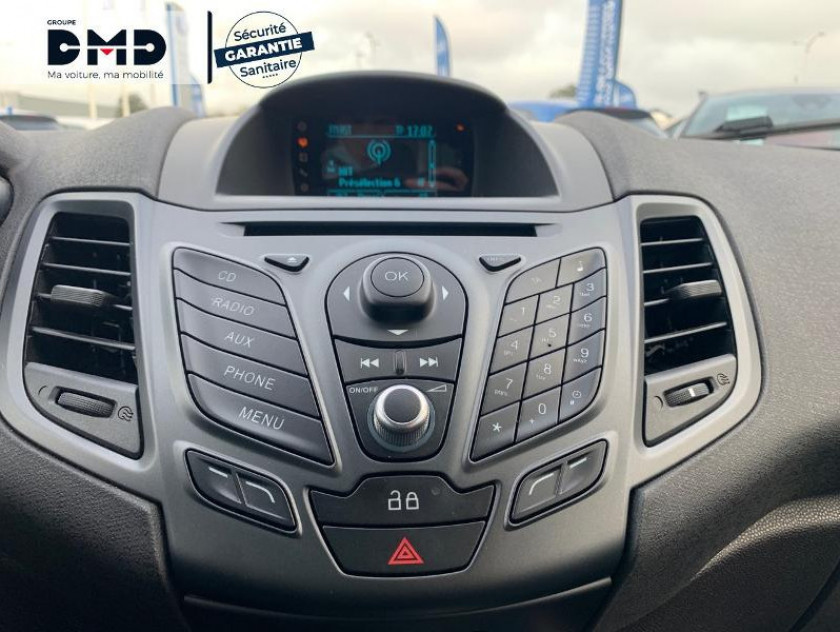 Ford Fiesta 1.0 Ecoboost 100ch Stop&start Trend 3p My2014 - Visuel #6