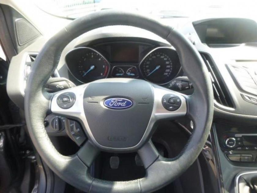 Ford Kuga 2.0 Tdci 120ch Titanium - Visuel #11
